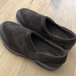 Easy Spirit - Shoes - Brown -Explore 24